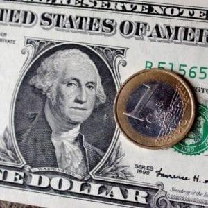 Alta do Dolar e o Real