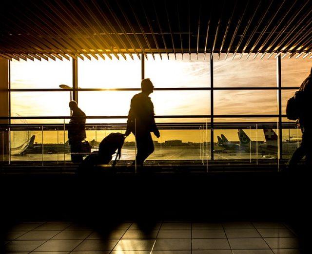 Como garantir melhores preços de passagens aéreas
