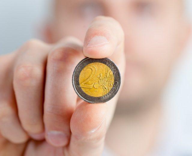 Entenda como é calculado o rendimento da poupança