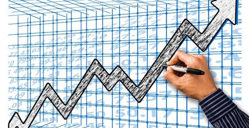 As diferenças entre investir em banco ou corretora