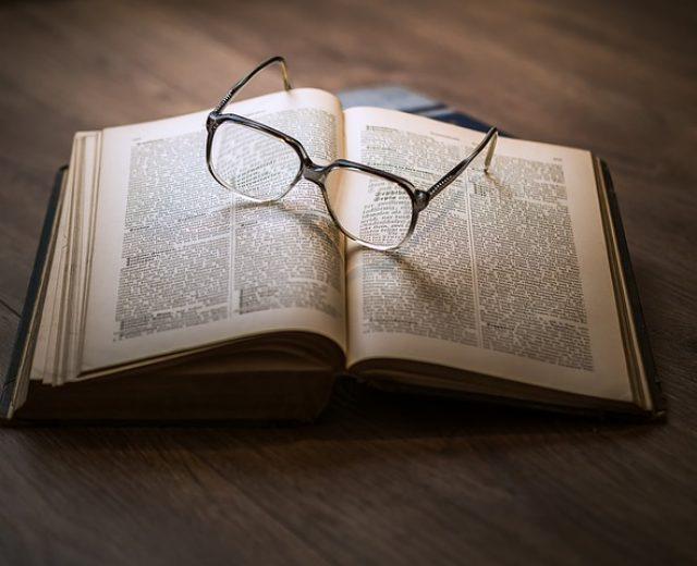 Conheça 11 livros sobre investimentos que você precisa ler