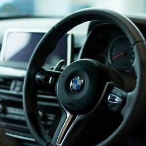 Custos e taxas ao comprar um carro zero quilômetro