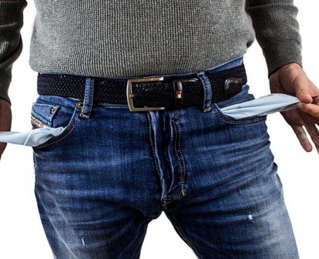 5 riscos de fazer um empréstimo consignado