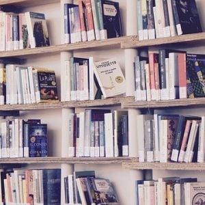 5 livros indicados para quem quer cuidar melhor do dinheiro