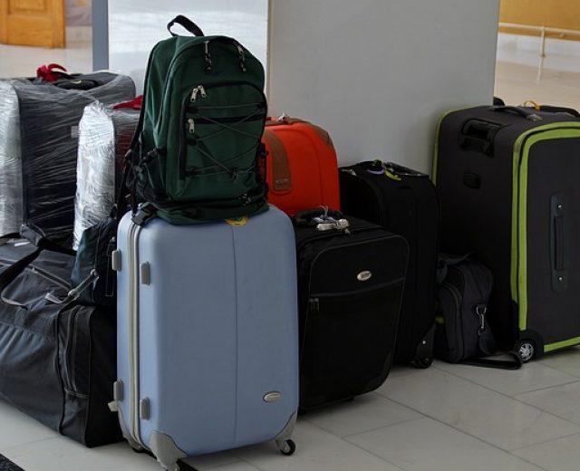 Quanto custa despachar bagagem em viagens de avião?