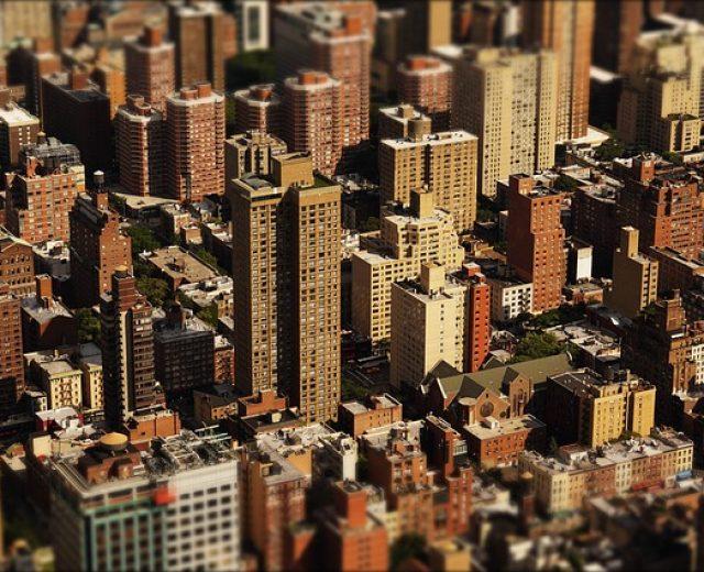 Comprar imóveis para investir é realmente um bom negócio?