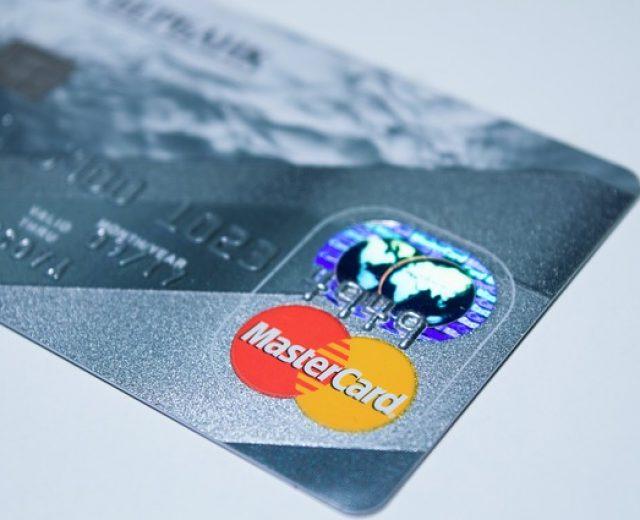 Qual o limite ideal para seu cartão de crédito?